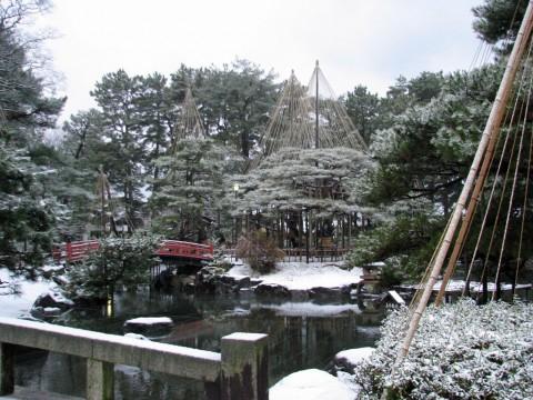 雪化粧の芦城公園