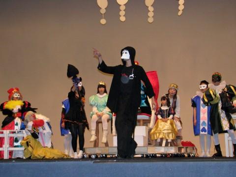 舞踏家 LAVITさんによる華麗なダンス!